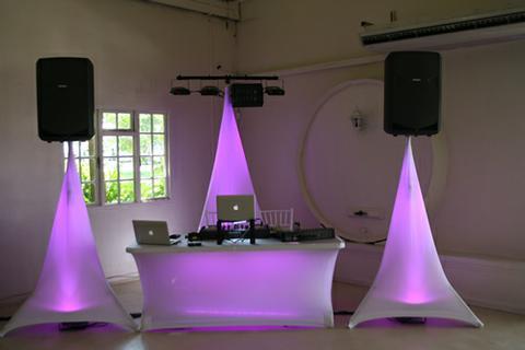 DJ Technik stand